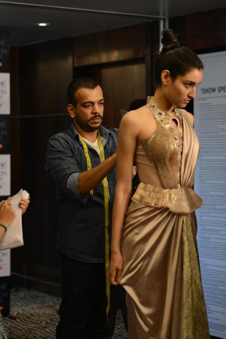 Amit Aggarwal at fittings