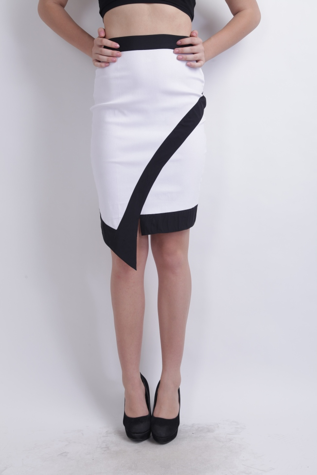 White Monochrome Tulip Skirt By RIDRESS