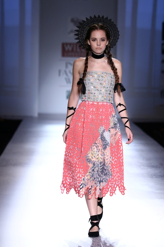 Geisha Designs by Paras and Shalini for Wills India Fashion Week Spring/Summer 2015