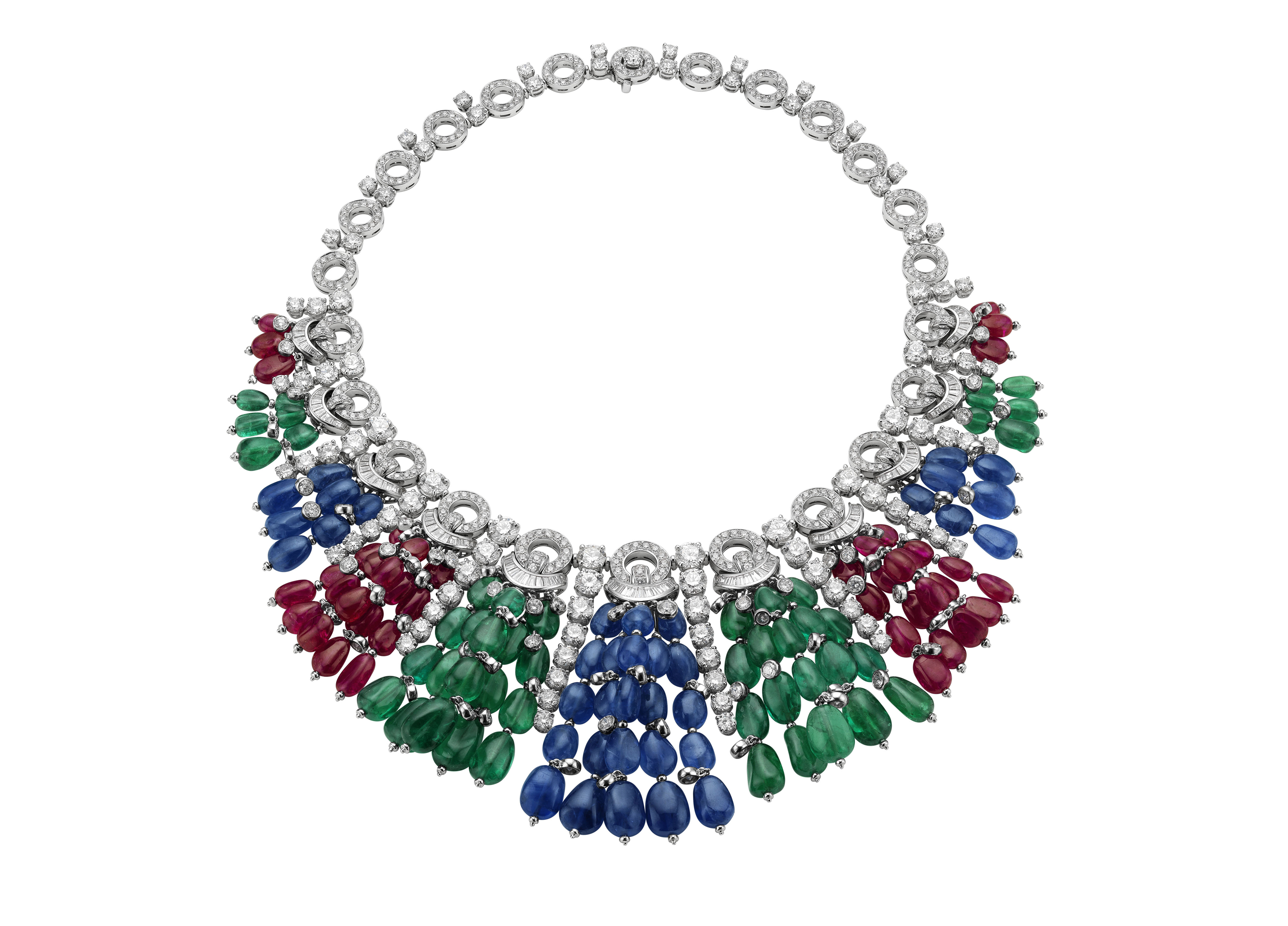 Necklace in yellow gold with 7 emeralds 129,48 cts, garnets 95,15 cts ,1 drop of emerald 3,90 cts, round brilliant cut diamonds 36,85 cts ,pear shaped diamonds 9,12 cts ,diamond baguettes 1,20 cts and round brilliant cut diamonds 1,45 cts