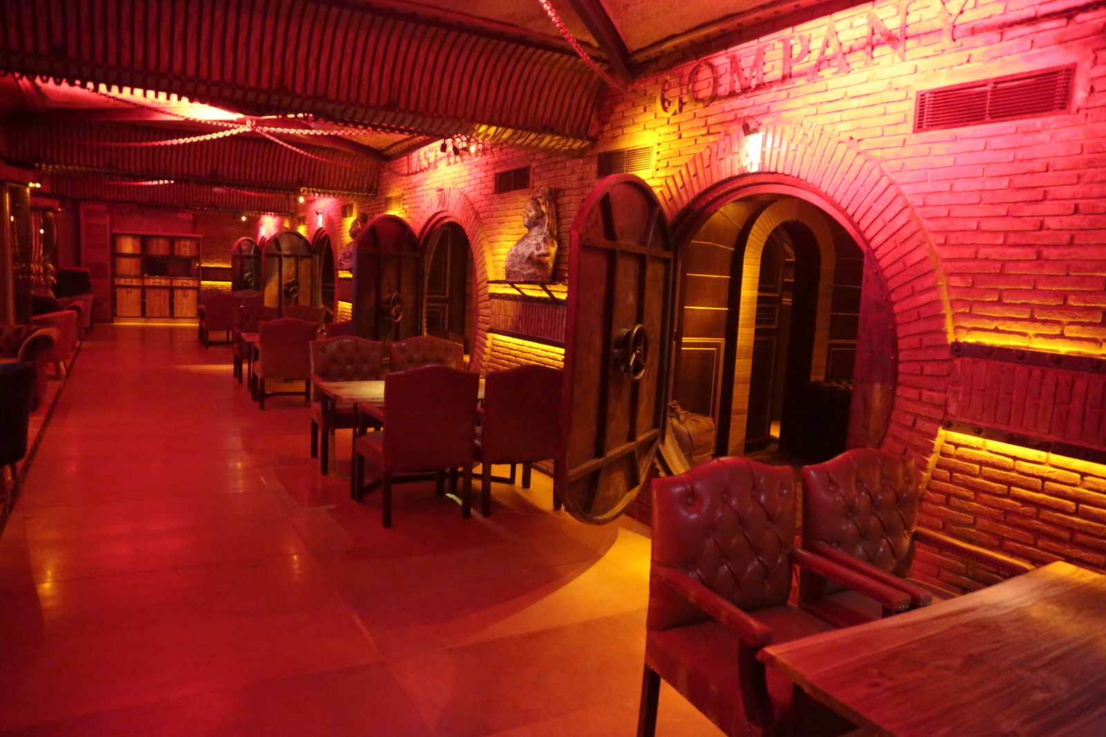 Raj S Cafe