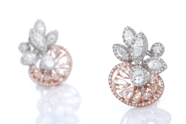 Entice Irresistible ear studs with marquise, pear & round diamonds along with rose cut diamonds in rose gold